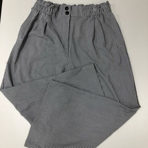 NWT H&M Striped Paperbag Wide Leg Cropped Pants 12
